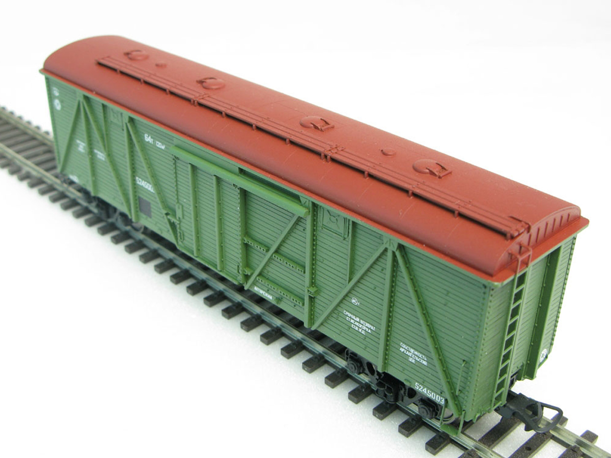 Model of Soviet Railways wooden wagon